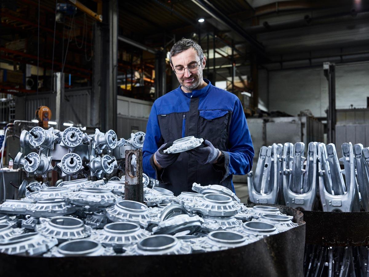 VMG Metall Qualitätskontrolle